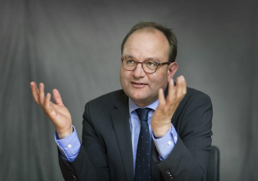"""Papst Franziskus beruft Edenhofer in Berater-Runde zu """"ganzheitlicher Entwicklung des Menschen"""""""