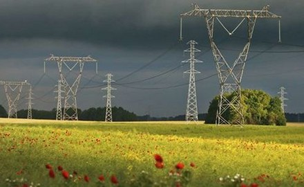 Connecting dead ends increases power grid stability