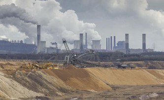 Edenhofer: A price for CO2 instead of emission targets at the World Climate Summit?