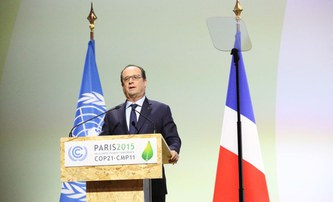 Nobel Laureates together with Schellnhuber meet French President