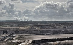 Phasing out coal yields global net saving effect: Lignite-fired power plants in Germany. Photo: iStock.